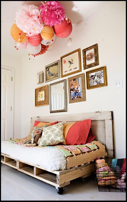 Canapé-lit en palettes par Ashley Ann