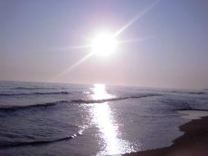 Sunny_beach_sun_3_by_eras2