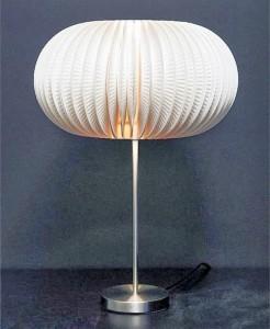 Lampe assiettes en carton